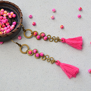 Hot Pink Jade Bead Vintage Earrings