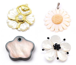 Pendentifs De Fleur En Coquillage