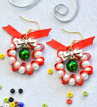 Christmas Pearl Ribbon Earrings